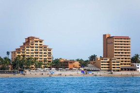 <!-- playa costadeoro 04